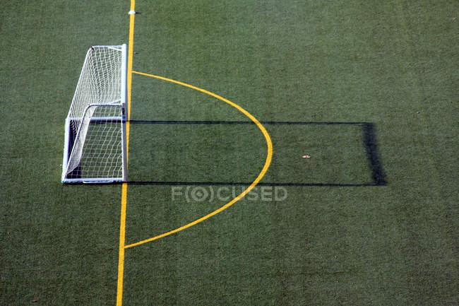 Vista aérea de campo de fútbol - foto de stock