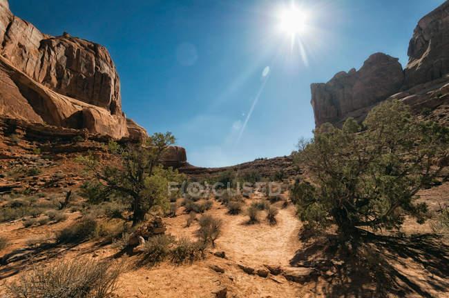 Blick auf Gebirge Landschaft beobachten — Stockfoto