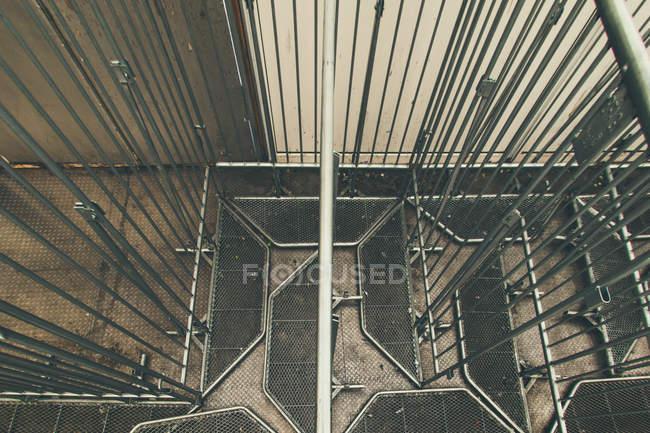 Tir intérieur du résumé conception des bâtiments — Photo de stock