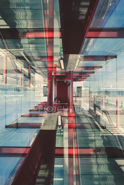 Абстрактная структура современного стекла здания — стоковое фото