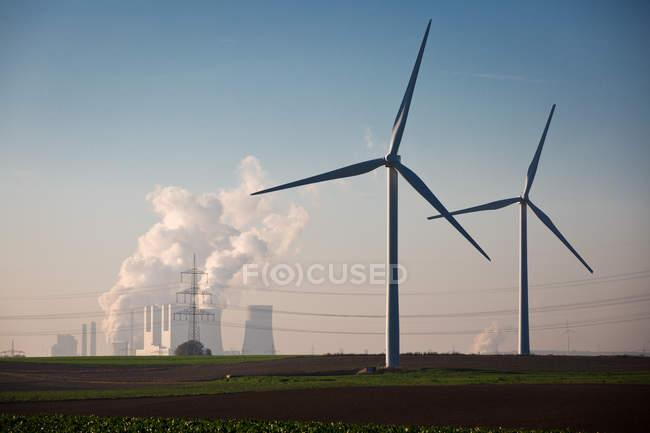 Wind mills producing energy — Stock Photo