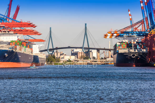 Container terminal with container ships — Stock Photo