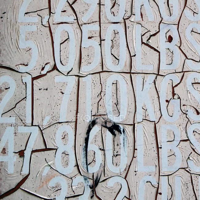 Абстрактные обои с цифрами и буквами — стоковое фото