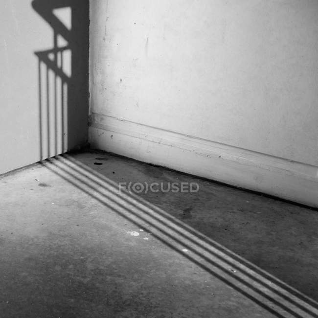 Cropped image of house wall, black and white photo — Stock Photo