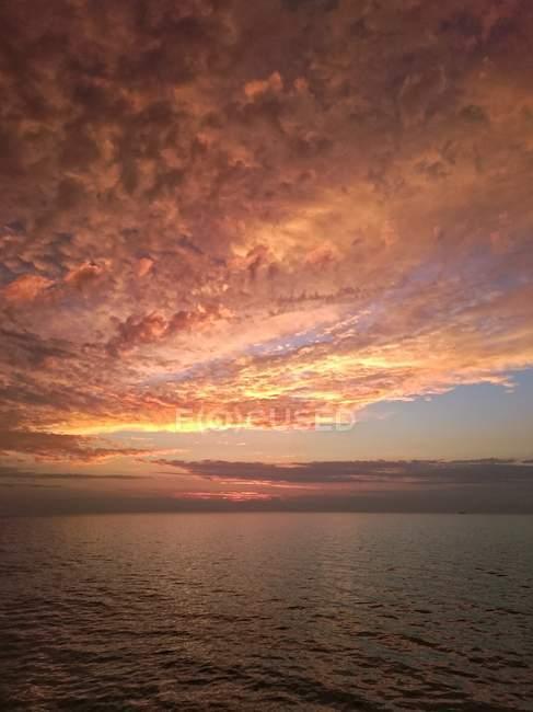 Sundown On The Ocean — Stock Photo