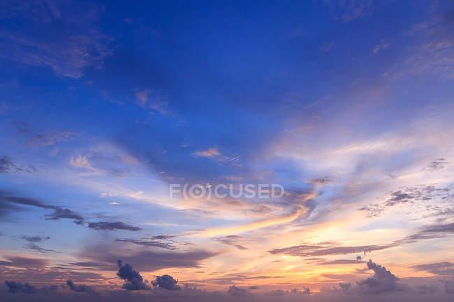 Красивое небо и закат — стоковое фото