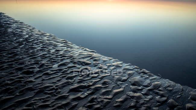 Schöne Seelandschaft Blick und skyline — Stockfoto