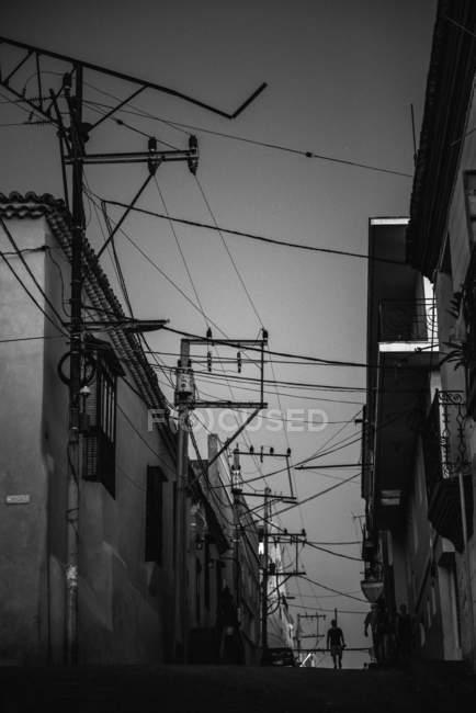 Linee elettriche di case — Foto stock