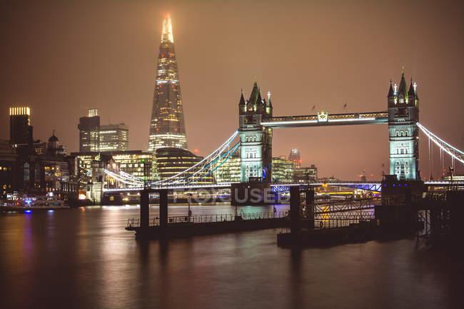 Londra alla notte Tower Bridge e Shard — Foto stock