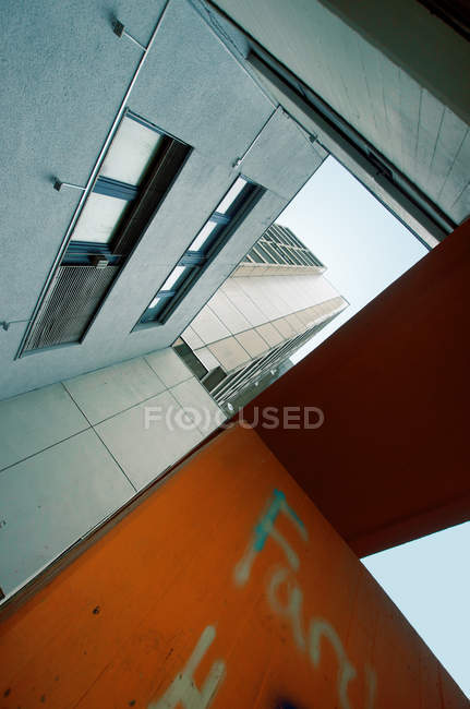 Low angle view on building construction — Stock Photo