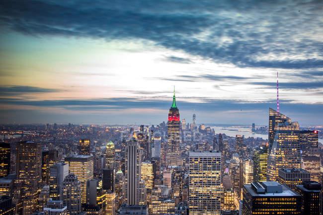 Bâtiments illuminés architecturaux de New York — Photo de stock
