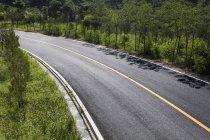 Vista della strada e montagne a Pechino, Cina — Foto stock