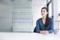 Китайская бизнес-леди — стоковое фото