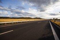 Мальовничий вид на шосе в провінції Внутрішня Монголія, Китай — стокове фото