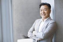 Porträt von zuversichtlich, chinesischer Unternehmer — Stockfoto