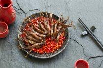 Plato chino de lenguas de pato estofado - foto de stock