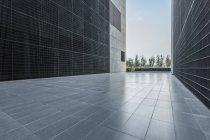 Vue recadrée de l'architecture du centre-ville de Pékin, Chine — Photo de stock
