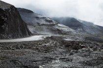 Mountain road in Tibet, China — Stock Photo
