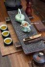 Ustensiles de cérémonie du thé gongfu chinois traditionnel — Photo de stock
