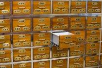 Cassetti di farmacia di medicina tradizionale cinese — Foto stock