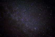 Cielo notturno pieno di stelle — Foto stock