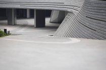 Gebäude Parkplatzeinfahrt in Peking, China — Stockfoto