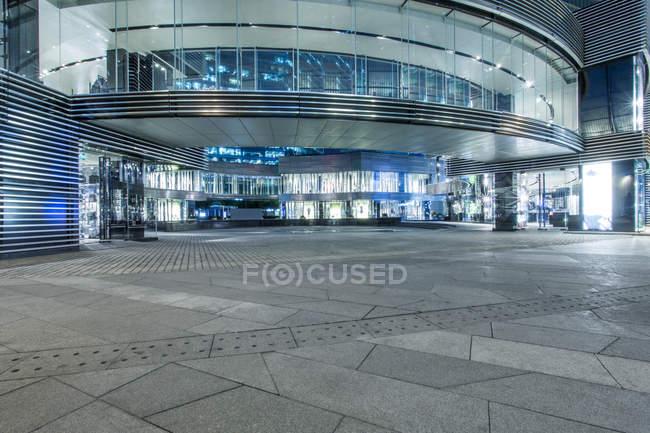 Urban scene of Beijing building entrance — Stock Photo