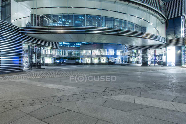 Urban scene of Beijing building entrance — Stock Photo