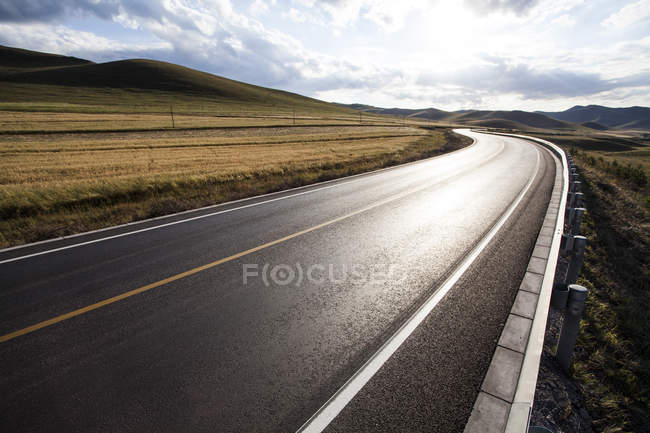 Scenic view of highway in Inner Mongolia province, China — Stock Photo