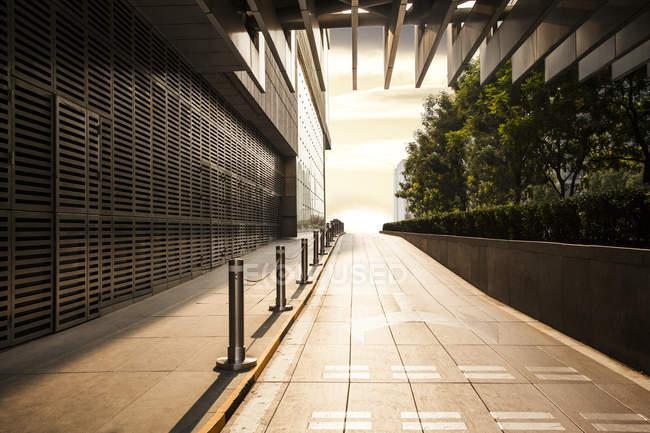 Escena urbana de arquitectura moderna en China - foto de stock