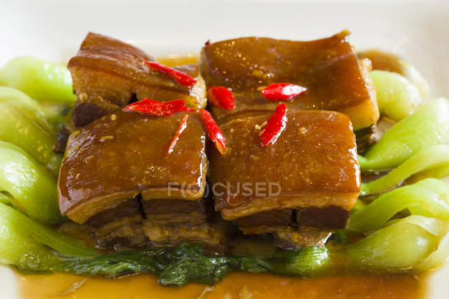 Traditional chinese dongpo meat dish — Stock Photo