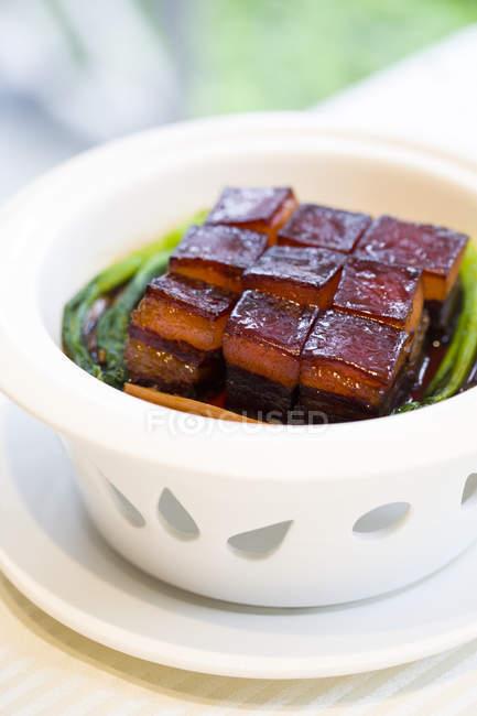 Традиційний китайський dongpo м'ясна страва — стокове фото