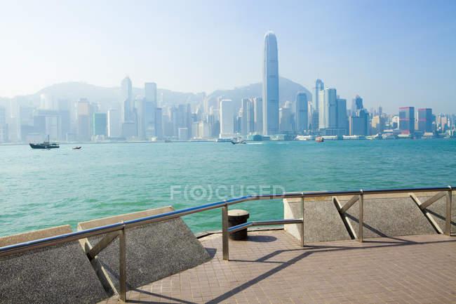 Живописный вид на гавань Виктория, Гонконг, Китай — стоковое фото