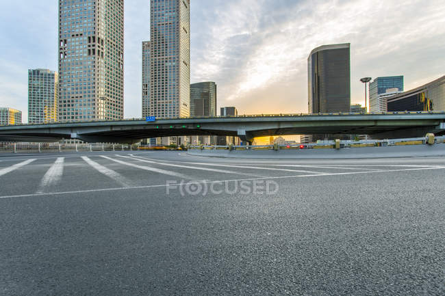 Urban scene of road and modern architecture of Beijing, China — Stock Photo