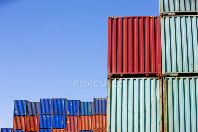 Cargo containers in shipping dock — Stock Photo