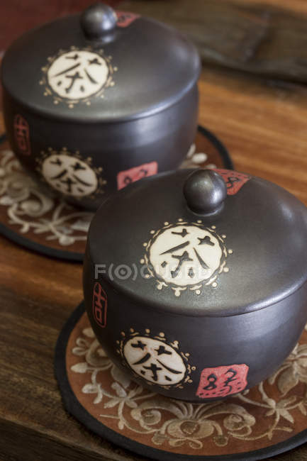 Close-up of traditional chinese tea caddies — Stock Photo