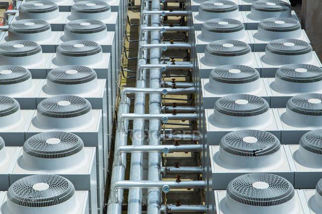 Unidades de aire acondicionado - foto de stock