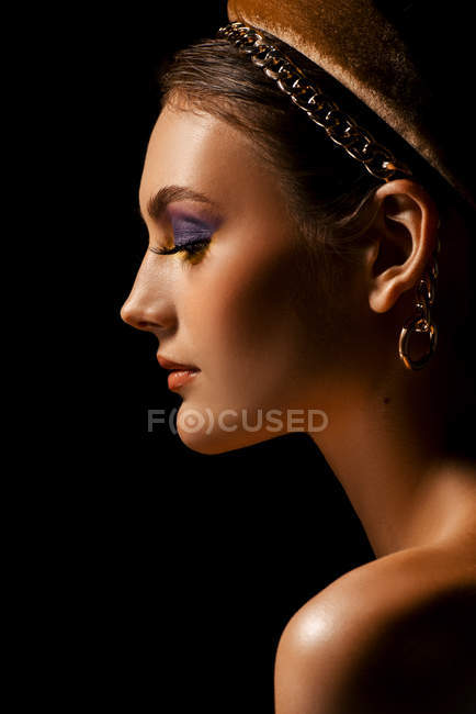 Attractive fashionable woman with hair band posing — Stock Photo