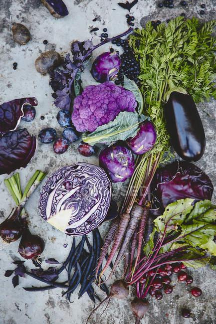 Fresh healthy organic vegetables — Stock Photo