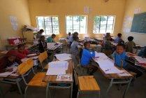 Schule im Dorf Grashoek — Stockfoto