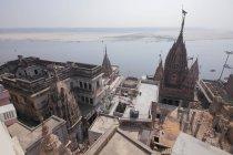 Cidade velha histórica Varanasi, Uttar Pradesh, Índia — Fotografia de Stock