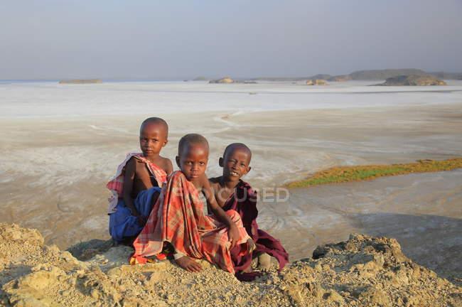 Niños de la tribu Masai, Tanzania - foto de stock