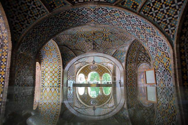 Il Karim Khani Nook è il padiglione estivo del Palazzo di Golestan di Teheran — Foto stock
