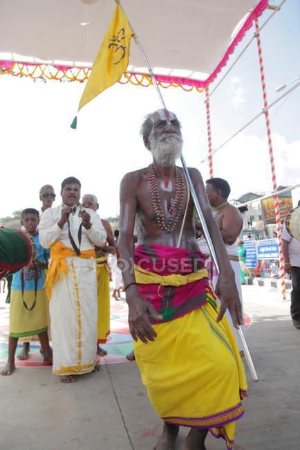 Unbekannten Menschen vor Ort im Staat Andhra Pradesh Tirumala, Indien — Stockfoto