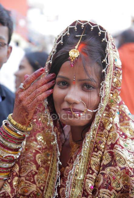 India novia hindú primer plano en la ceremonia de boda - foto de stock