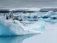 Glacial lake in Vatnajokull National Park — Stock Photo