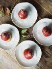 Vier Platten mit desserts — Stockfoto