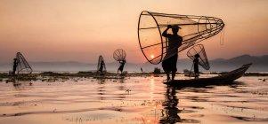 Fishermen on Inle Lake — Stock Photo