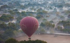Aerostato ad aria calda, Bagan, Myanmar — Foto stock