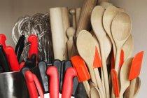 Вибір кухонне приладдя — стокове фото